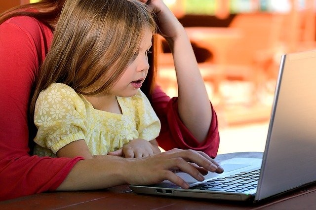 When Should I Start Teaching My Child to Code - Free Coding for Kids Guide